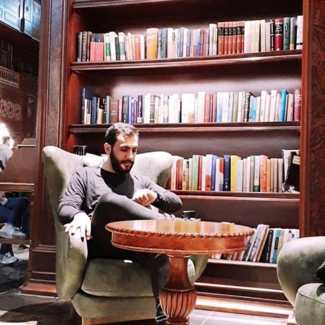 محمود ظهرابزاده